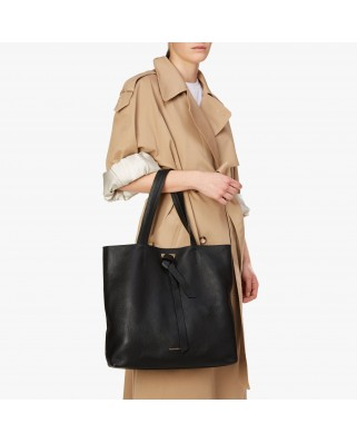 Joy Leather Shoulder bag E1HL5-110101-001