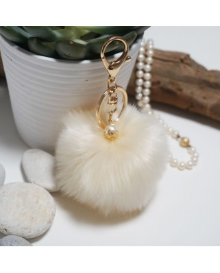 Fur Ball Bag Keychain Beize
