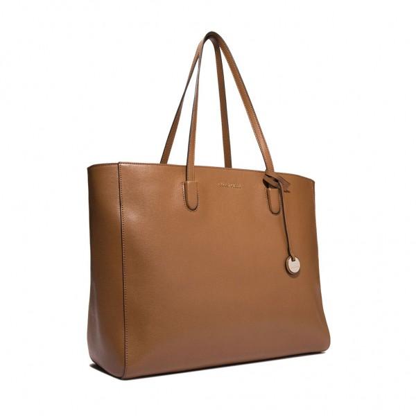 7c7678a0f0 ... Δερμάτινη τσάντα ώμου Clementine από saffiano δέρμα ...